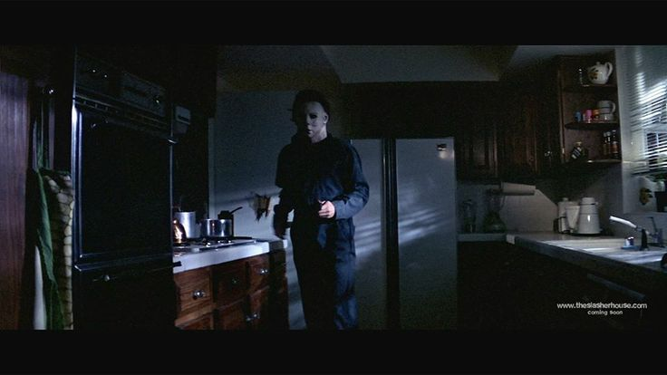Michael stalking laurie | Halloween's Michael Myers ...