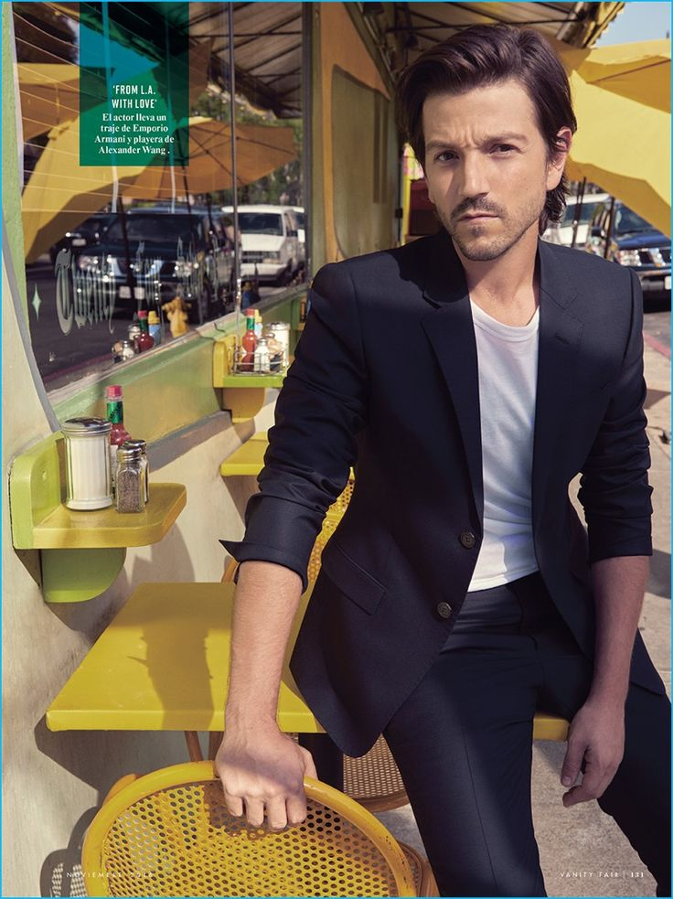 Kelly McCabe outfits Diego Luna in an Emporio Armani suit and Alexander Wang t-shirt for Vanity Fair México.