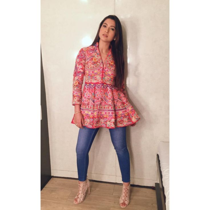 Gauhar Khan in a jacket from Sonali Gupta design to go to the Big Boss House  #bollywoodcelebs #bollywoodclothes #indianfashion #inspiration #gauharkhan #embroideredjacket