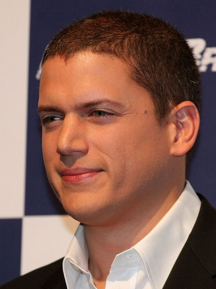 """Actor Wentworth Miller attends the """"Prison Break"""" press conference at Park Hyatt Tokyo on December 17, 2008 in Tokyo, Japan. The new series of the TV drama will be released in summer 2009 in Japan. (Photo by Koichi Kamoshida/Getty Images) * Local Caption * Wentworth Miller"""