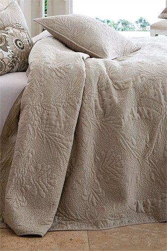 Home Decor - Adler Cushion