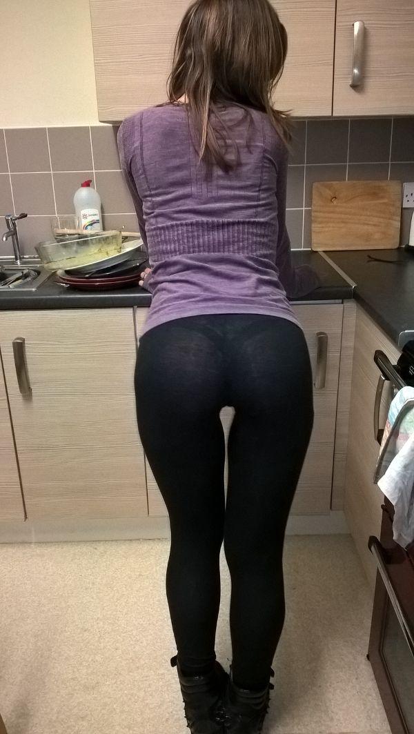 amazing pussy in leggings