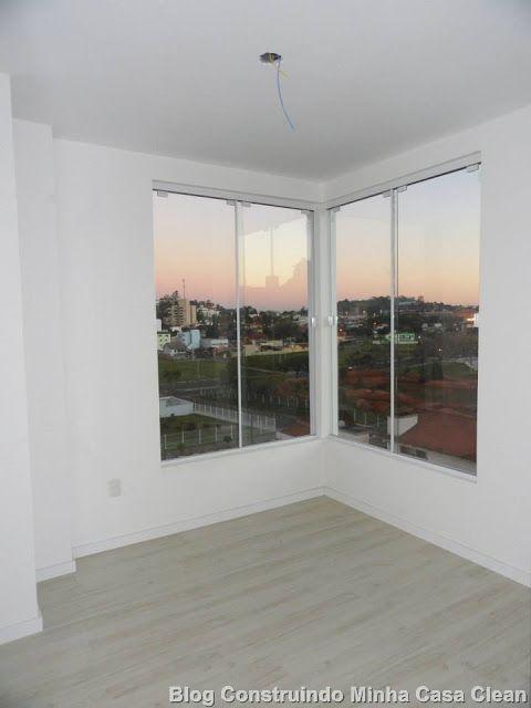 Modernas, rústicas e cheias de estilo!   Esquadria é o nome que se dá, em um projeto ou obra, às janelas, portas, portões, venezianas e ...