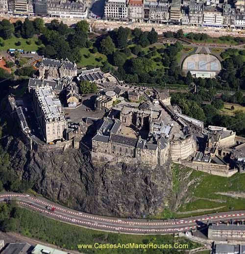 Edinburgh Castle, Castle Rock, Edinburgh, Scotland - www.castlesandmanorhouses.com
