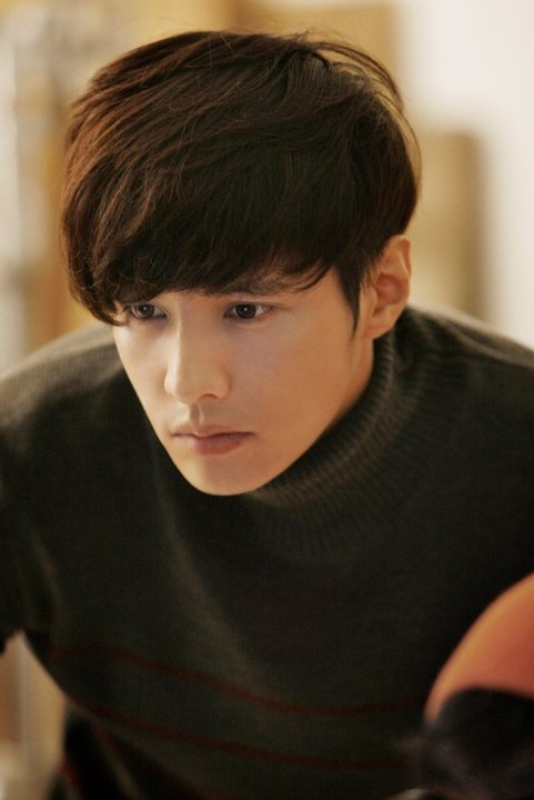 Won Bin is great in the Man From Nowhere.