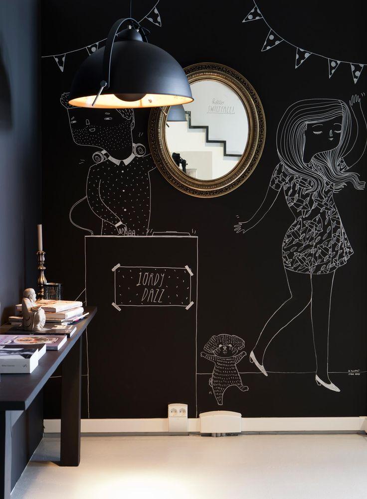 VT WONEN - Makeover from Season 1 - Episode 10 - Stylist: Frans Uyterlinde - Illustration by La Nonette