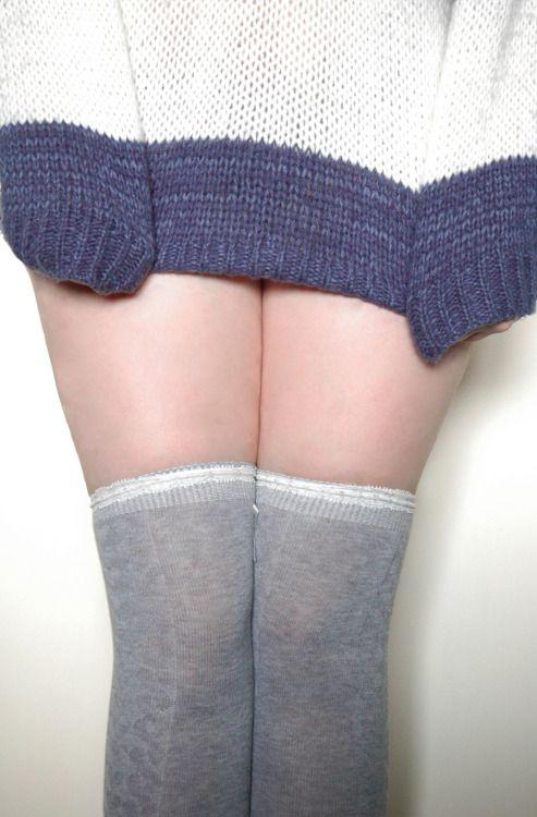 Girlskneesocks — http://girls-kneesocks.tumblr.com