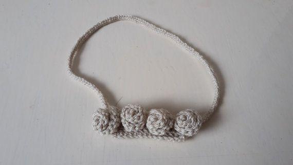 Unieke haak Rose ketting Ecru Rose ketting, Fibre juwelen, textiel juwelen, Fibre kunst, Roses