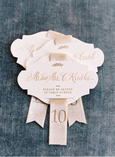 Chic escort card ideaRibbons Escort, Escort Cards, Wedding, Velvet Ribbons, Tables Numbers, Embossing Velvet, Embossing Ribbons, Invitations Inspiration, Table Numbers