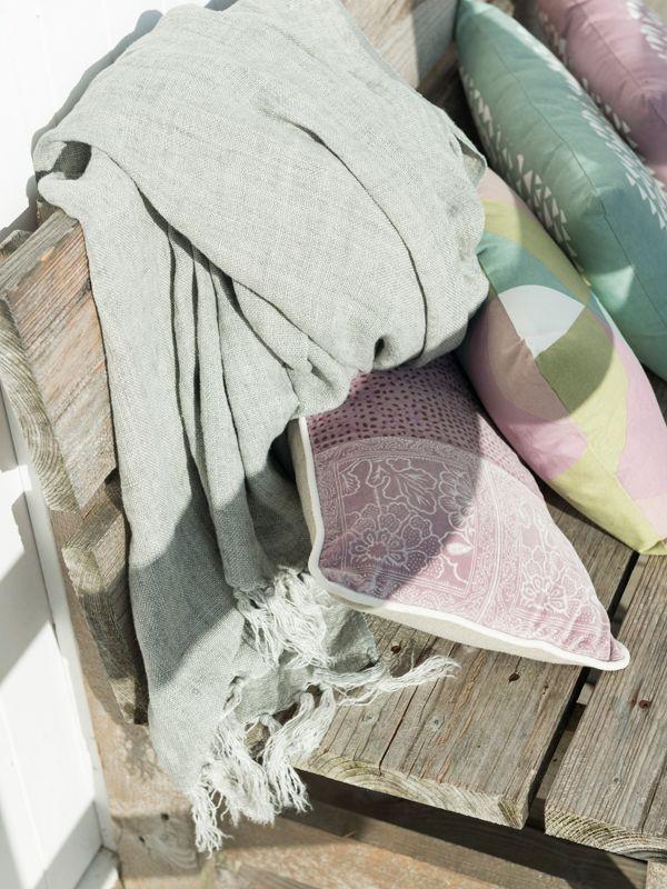 13 best textile spring summer 2015 images on pinterest summer 2015 home collections and. Black Bedroom Furniture Sets. Home Design Ideas