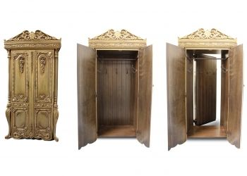 """5-armoire-spread-ss - Makes me think of """"The Lion, the Witch and the Wardrobe."""" How Cool!"""