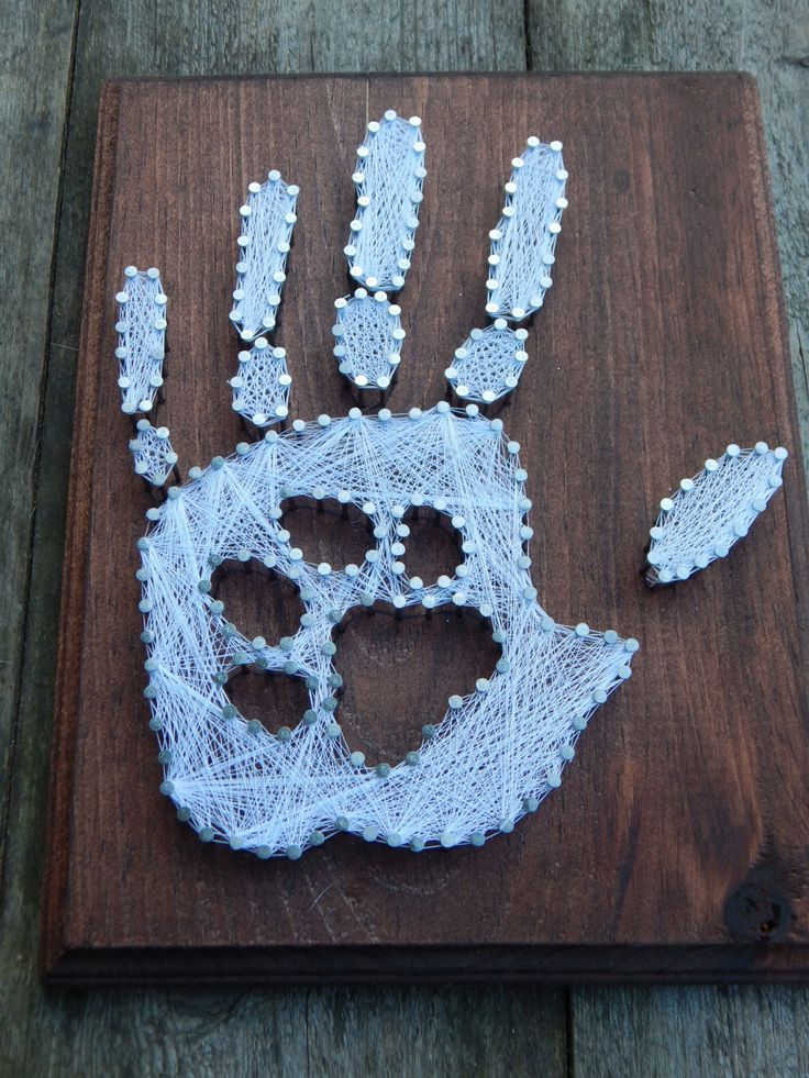 Hand print with paw print string art by MakeupAndMudCrafts on Etsy https://www.etsy.com/listing/238276375/hand-print-with-paw-print-string-art                                                                                                                                                                                 Mehr