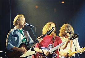 Crosby, Stills, Nash & Young - Wikipedia