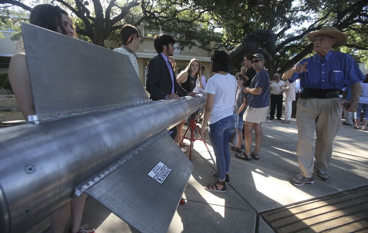 Alamo Heights High School students take rockets to White Sands missile range | San Antonio Express-News | By Kate Carlson