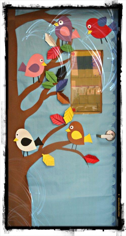51 best images about decorados on pinterest horton hears for Puertas decoradas primavera