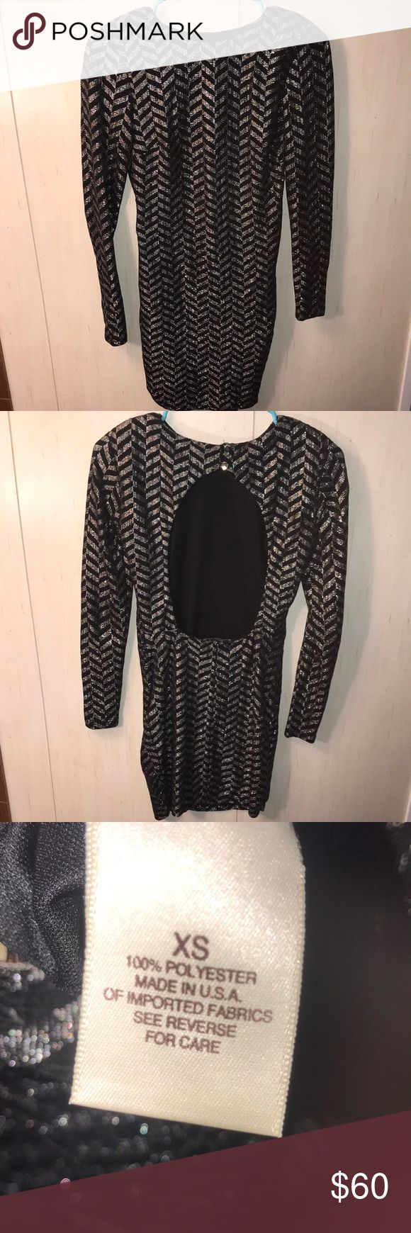 Black/silver Bodycon Dress w/ open back Arden B black and silver sparkly dress Body con Shoulder pads Long sleeves Worn once, perfect condition Arden B Dresses Long Sleeve