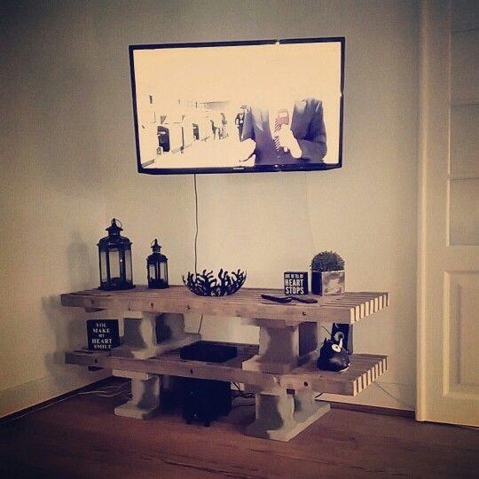 kreativt tv bord