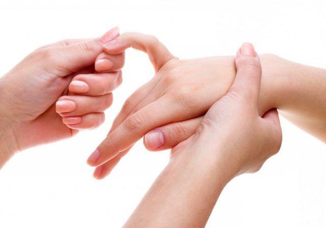 Всеки пръст на ръката е свързан с два органа от човешкото тяло