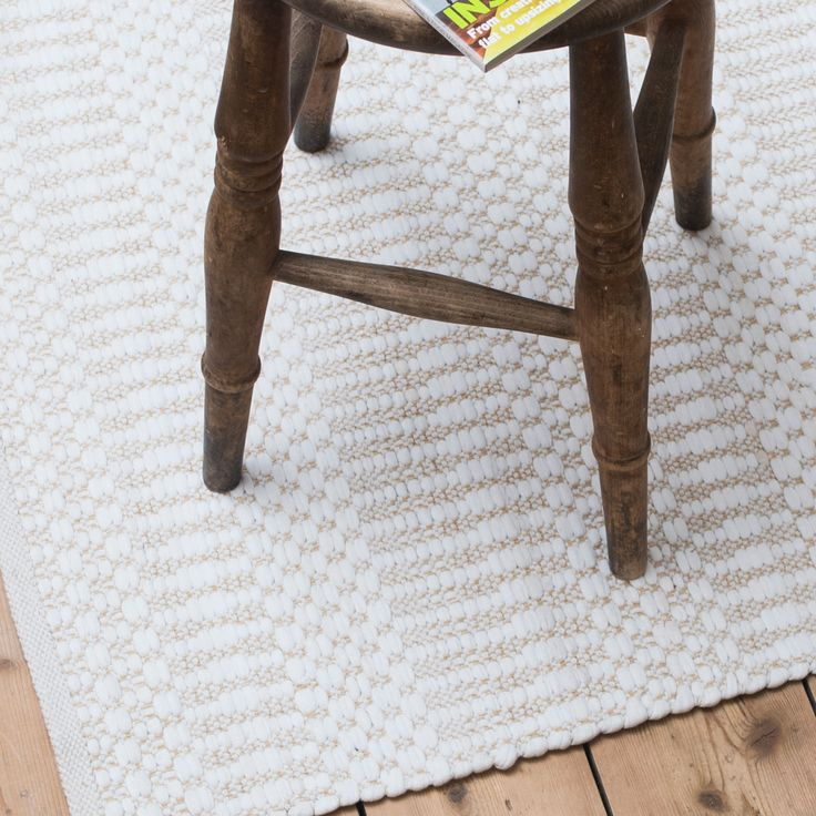 ELLA light beige and white patterned geometric floor runner W70 x L240 cm £79. Visit Skandihome for more Scandi style floor runners, rugs, and our CLEARANCE gifts! #whiterug #patternedrug #geometricrug