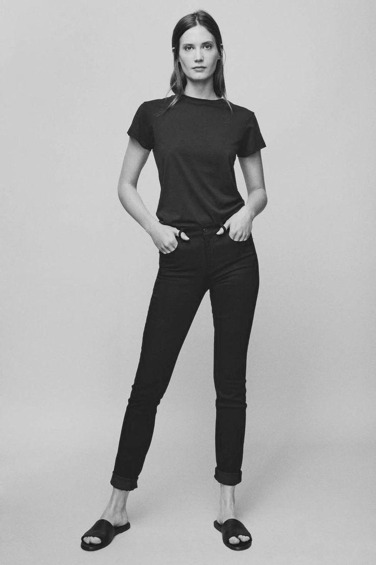 les 484 meilleures images du tableau minimalist fashion sur pinterest style minimaliste mode. Black Bedroom Furniture Sets. Home Design Ideas