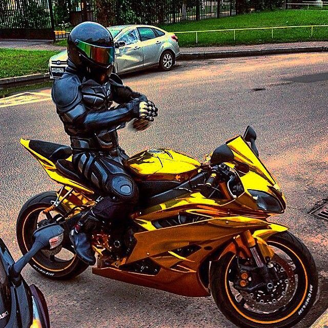 Dark Knight Gold R6 Via :@ruviero