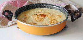 Recetas saludables con pescado, hoy merluza rebozada con slsa de puerros, receta fácil y de bajas calorías. http://bajar-panza.blogspot.com