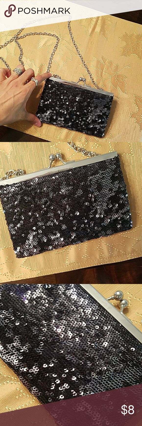 Adorable sequin clutch Small sequined clutch with chain.  Not detachable. Small inside.  Never used Great for night out! Bags Clutches & Wristlets