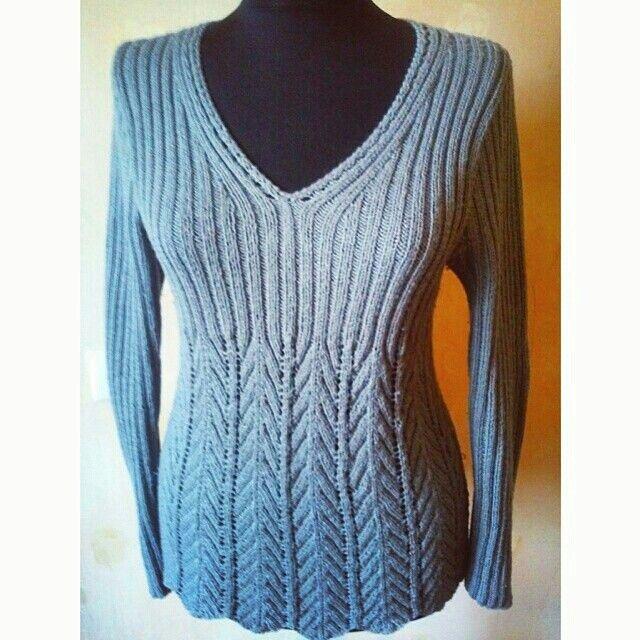 Легкий пуловер, незаменим весной и осенью, моя работа