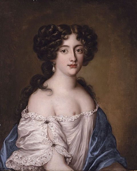 Hortense Mancini, the fourth between five Mancini sisters, was the most beautiful lady at the court of Louis XIV.She was married to one of the richest nobles of France at the age of 20, but left him as he was mad.After that her life became an adventure:she wielded a sword and a gun,wore a man's suit,became a mistress to Louis XIV and to Charles II, who presented her a pension and a castle where she lived.Her great-great granddaughter entered The Grimaldi family.
