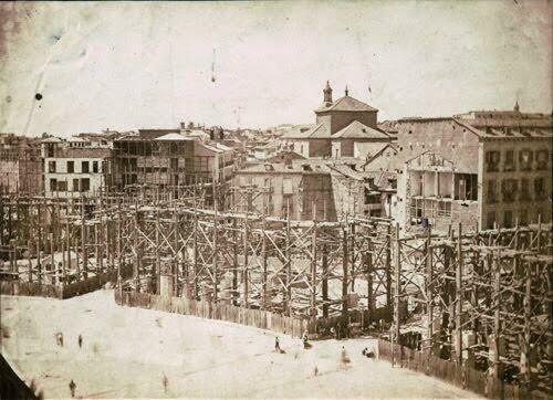 Foto de la reforma de la Puerta del Sol en el Siglo XIX. Madrid