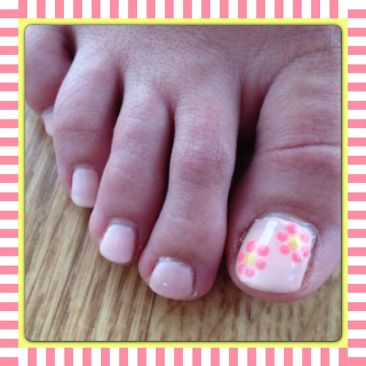 100 best toe nail designs images on pinterest manicures daisy toes nail art prinsesfo Image collections