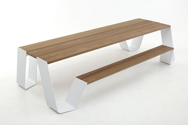 'Hopper' table by Extremis