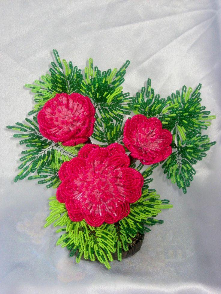 Древовидный пион розовый (цветок из бисера)