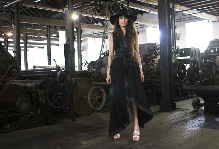 the black dress madame de rosa #chic
