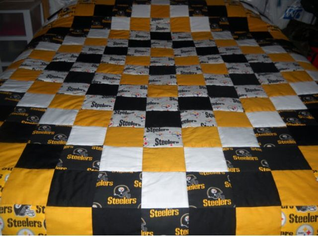 44 best Team Quilt Ideas images on Pinterest | Baby quilts ... : sports quilt patterns free - Adamdwight.com