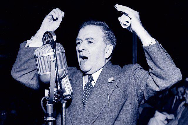 Maurice Duplessis (1890-1959) Le premier ministre est dans un chalet de Shefferville quand il est victime d'une hémorragie cérébrale le 3 septembre 1959. Celui qu'on appelle le «cheuf» agonise durant plus de trois jours avant de rendre l'âme dans la nuit du 7 septembre, à 69 ans. Son règne, qualifié par plusieurs de «grande noirceur», aura duré 18 ans. Ironiquement, ce grand pourfendeur des syndicats décède le jour de la fête du…