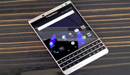 BlackBerry Passport Silver Edition with Android OS: Video Leak