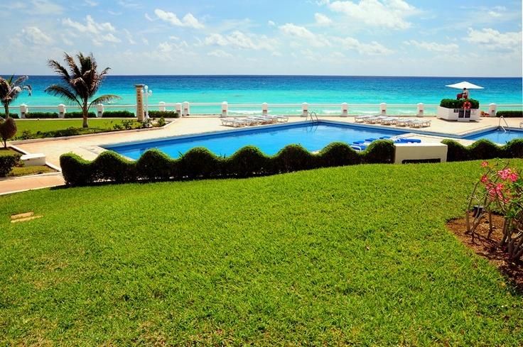 Pool at Villa Nizuc #cancun #villanizuc