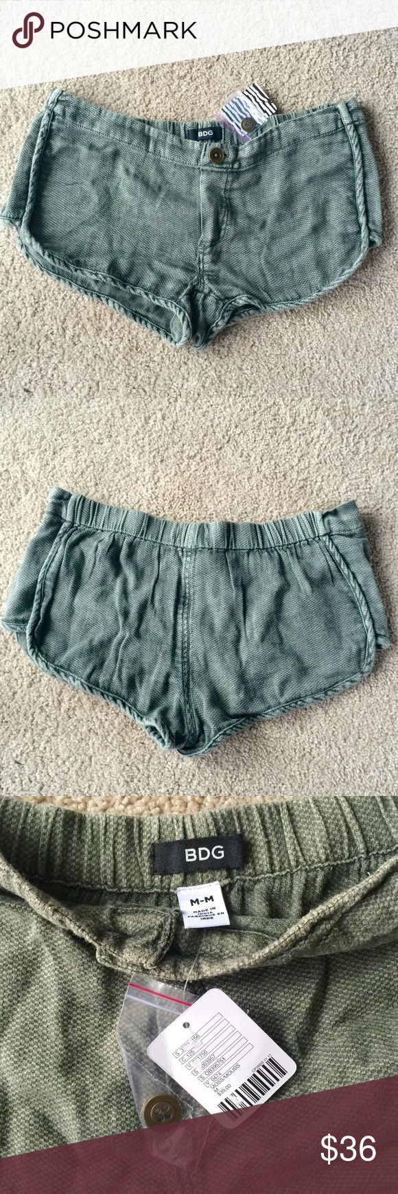 ❗️1 LEFT Urban Outfitters Olive Shorts NWT $39 ❗️1 LEFT Urban Outfitters Olive Shorts. NWT Size medium. Retails $39. Feel free to make an offer! New Year Cleanout Sale--I consider all reasonable offers on individual items & bundles. Current bundle deal ends today!;-) Urban Outfitters Shorts