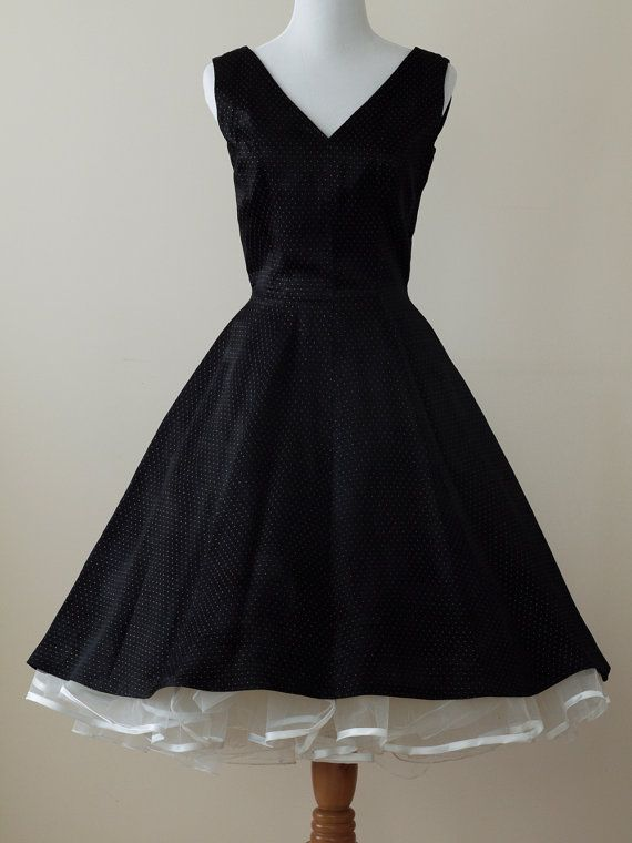 1950s vintage black dress: A simple black dress with a touch of sparkle. Oh my goodness! Love this!!