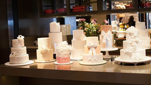 Sweet Art's beautiful selection of wedding cakes at the Collette Dinnigan Bridal Showcase at Park Hyatt Sydney.
