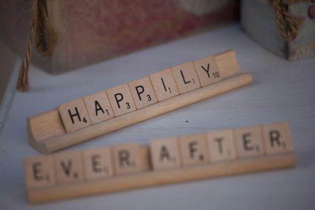 Scrabble letters ter versiering, bv. bij onze borden ROBBE en LIESBET
