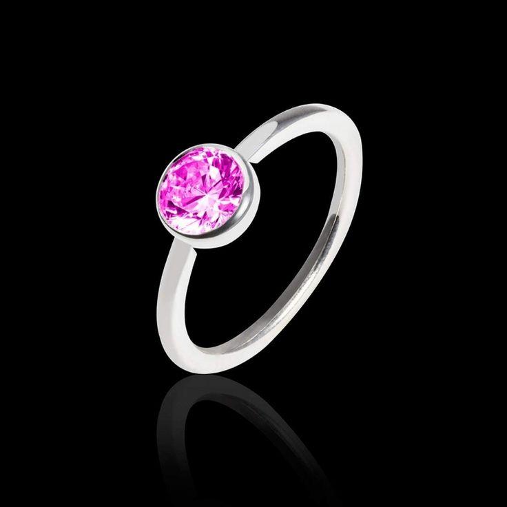 Bague de fiançailles Cristina Bague en or blanc ou jaune 18 K, pierre centrale saphir rose. Existe aussi en diamant, diamant noir, rubis, émeraude et saphir bleu) #jaubalet #cristina #bague #fiançailles #saphirrose