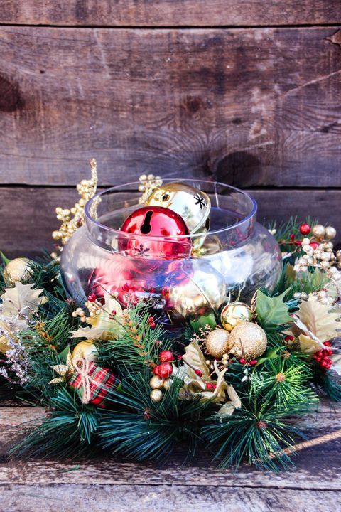 These Christmas Table  Centerpiece Ideas Will Make Your Holiday