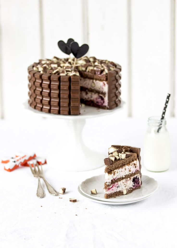 kinder Schokolade-Beerentorte