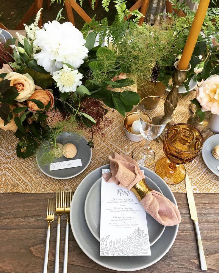 いいね!327件、コメント25件 ― H O N E Y & P O P P I E Sさん(@megan_gray)のInstagramアカウント: 「Yesterday's bridal bouquet with jasmine, calathea, anthurium, lotus, hellebore, tuberose,…」