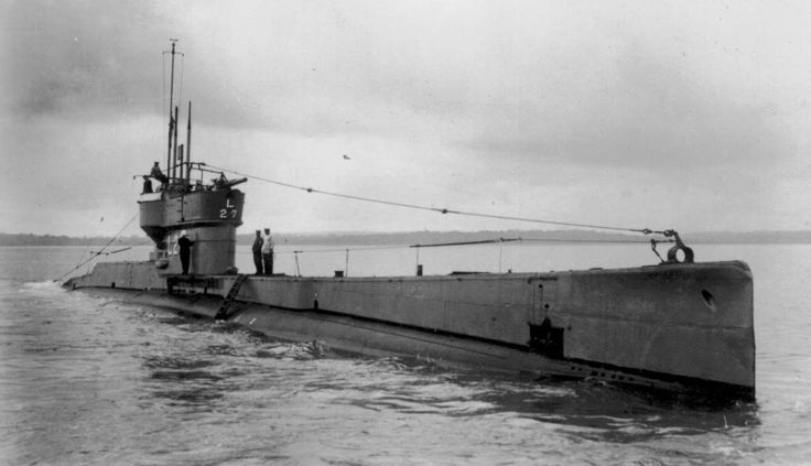 EARLY SUBMARINES from old postcards and sectioned drawings of 1940`