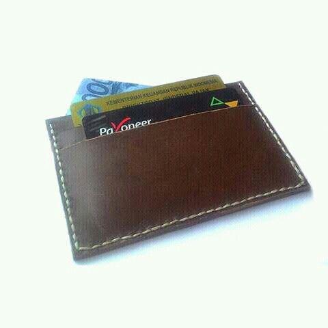 Leather card handmade  Www.jualtaskulit.com +6285642717764  #leatherctaft #card #leatherwallet #leather #dompetkulitpria #dompetkulit #dompetkartu #dompetkartukulit