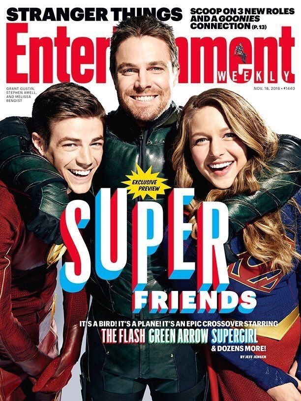 Super Friends! Flash, Arrow, and SuperGirl!! Super crossover!