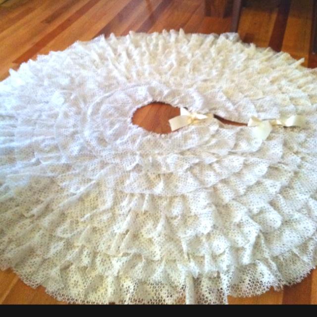Lace Tree Skirt 60